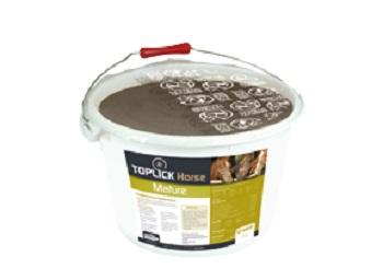 Minerální liz TOPLICK Horse Mature pro koně 25 kg dodává bílkoviny, kvasinky, energii