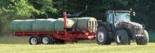 Samonakládací vůz na kulaté balíky Anderson TRB2000