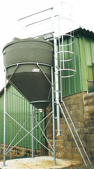 Prodloužení nohou o 900 mm pro silo na obilí, šrot, krmivo La GÉE 9,70 m3