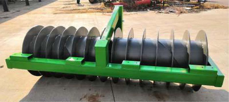 Agrotipa RigPactor ARP 285 dusač siláže a senáže, pracovní šířka 2,85 m, 1350 kg