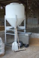 Zvýšení nohou konstrukce k zásobníku na krmivo La GÉE o 900 mm