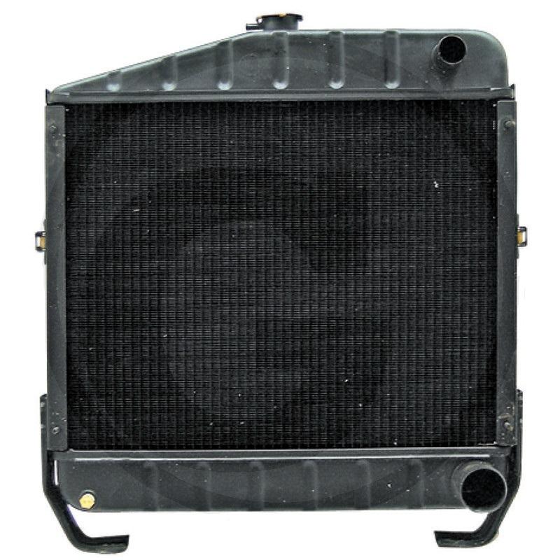 Chladič vhodný pro Case IH 844, 845 výška 590 mm šířka 550 mm