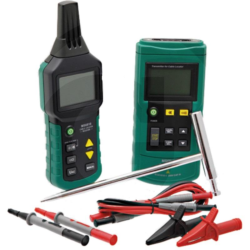 Detektor kabelů na vodící kabely pro robotické sekačky na trávu