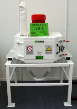 Kladívkový šrotovník na obilí, kukuřici VM 4 kW vertikální, drtič odpadu, slámy