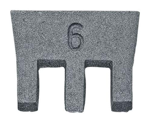 Klínek kovový na upevnění sekery šířka 32 mm