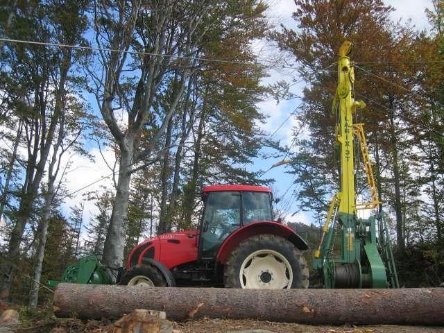 Lesní lanovka na dřevo LARIX 3T-650 s lany Drumet a vozíkem KOS-31