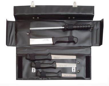 Sada řeznických nožů vhodná pro zabijačky - kufřík