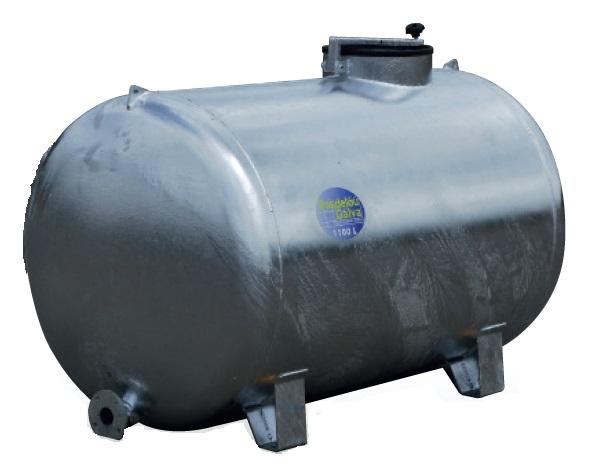 Cisterna na vodu zinkovaná na 4 patkách Pasdelou 1500 l