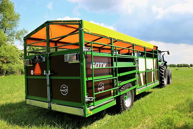 Přepravník hospodářských zvířat Western Fabrications 6DTV Comfort