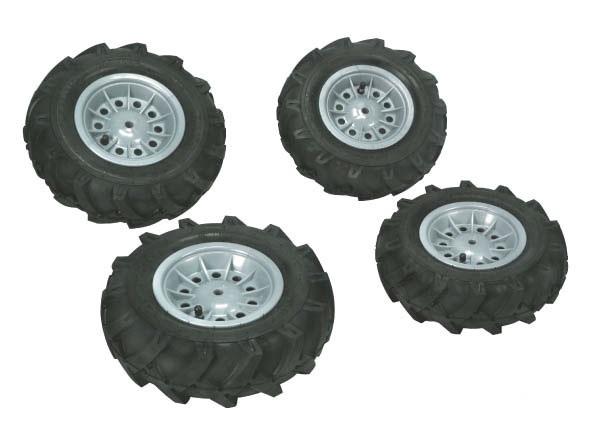 Rolly Toys – vzduchové pneumatiky se stříbrnými disky pro rollyFarmtrac