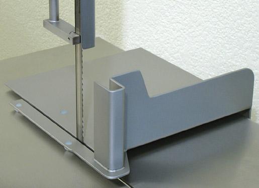 Posuvný stůl pro řeznickou elektrickou pásovou pilu na kosti a maso Mainca BC 1800