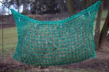 Síť na seno velká na krmení koní 0,95 x 2 m - kapsa s úvazky délky 2 m