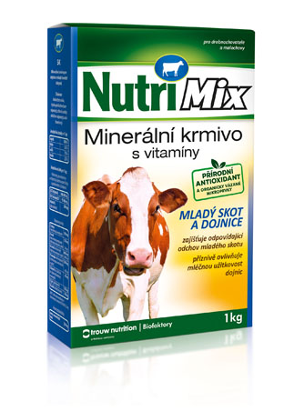 Nutrimix pro dojnice, krávy, mladý skot – doplňkové minerálně vitamínové krmivo
